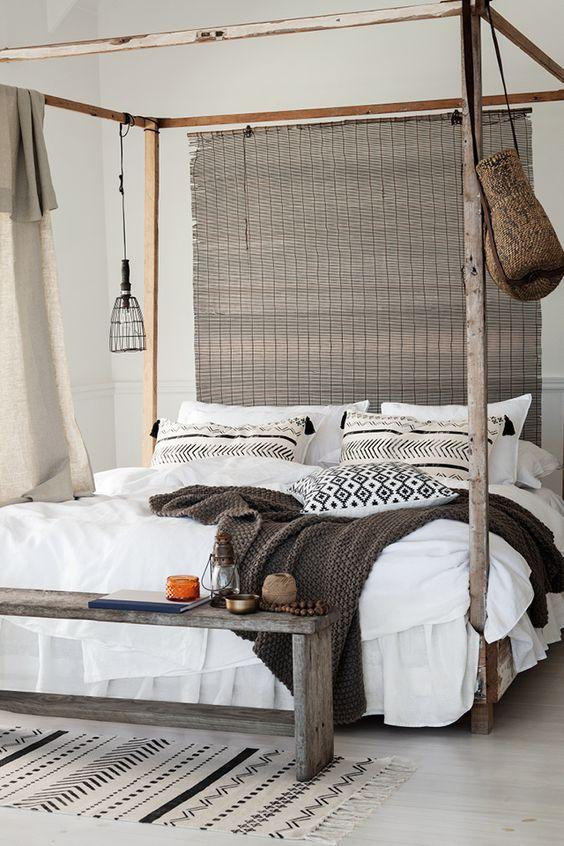 Emejing Wooden Bedroom Bench Photos - Home Design Ideas ...
