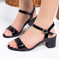 Sandale Stephanie negre cu toc gros