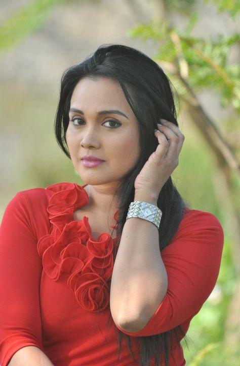 Srilankan Hot Actress Photos ,Download Hot Actress Photos -5730