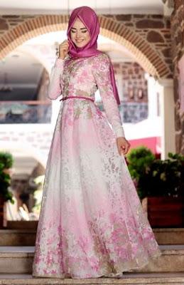 Desain gaun pesta muslim mewah