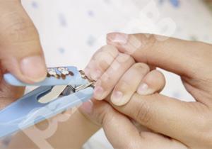 5 Tips Memotong kuku Bayi