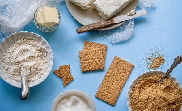 bahan kue, peralatan kue, membersihkan peralatan