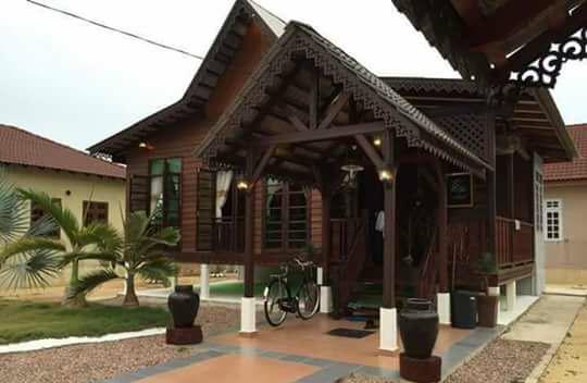 rumah kayu model kuno