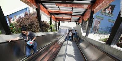 Keren gan!, di Kota ini Eskalator Jadi Alat Transportasi Utama.