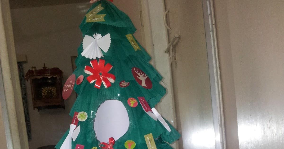 Sony Little Box: Paper Christmas Tree For Fancy Dress Costume