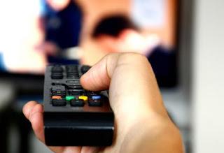 Fungsi Manfaat Kegunaan Televisi Bagi Masyarakat Dan Pengertian Televisi Menurut Para Ahli