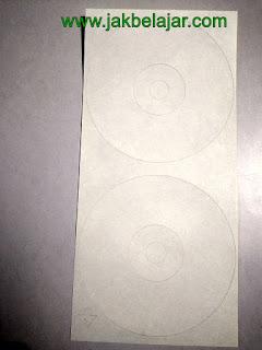 Contoh stiker label CD atau DVD