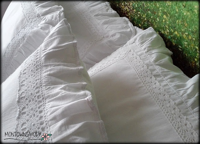 biała pościel z koronkami