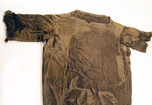 Sweater Tertua (1.700 tahun)