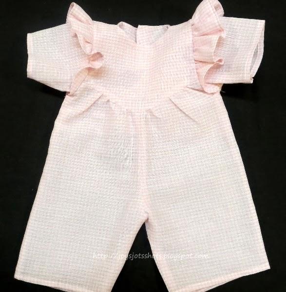 http://joysjotsshots.blogspot.com/2014/02/joys-free-doll-jumper-pattern.html