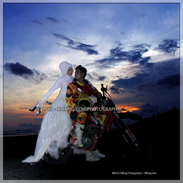 PREWEDDING FOTO GALERI - Oleh Klikmg Fotografer Prewedding