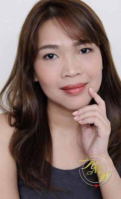 a photo of Nikki Tiu wearing Sleek MakeUP Metallic Matte Lip Cream in Copperplate Review