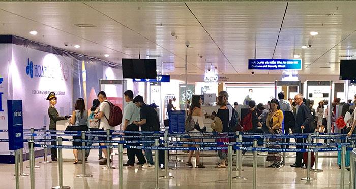Những lưu ý khi đi nước ngoài qua sân bay quốc tế Tân Sơn Nhất