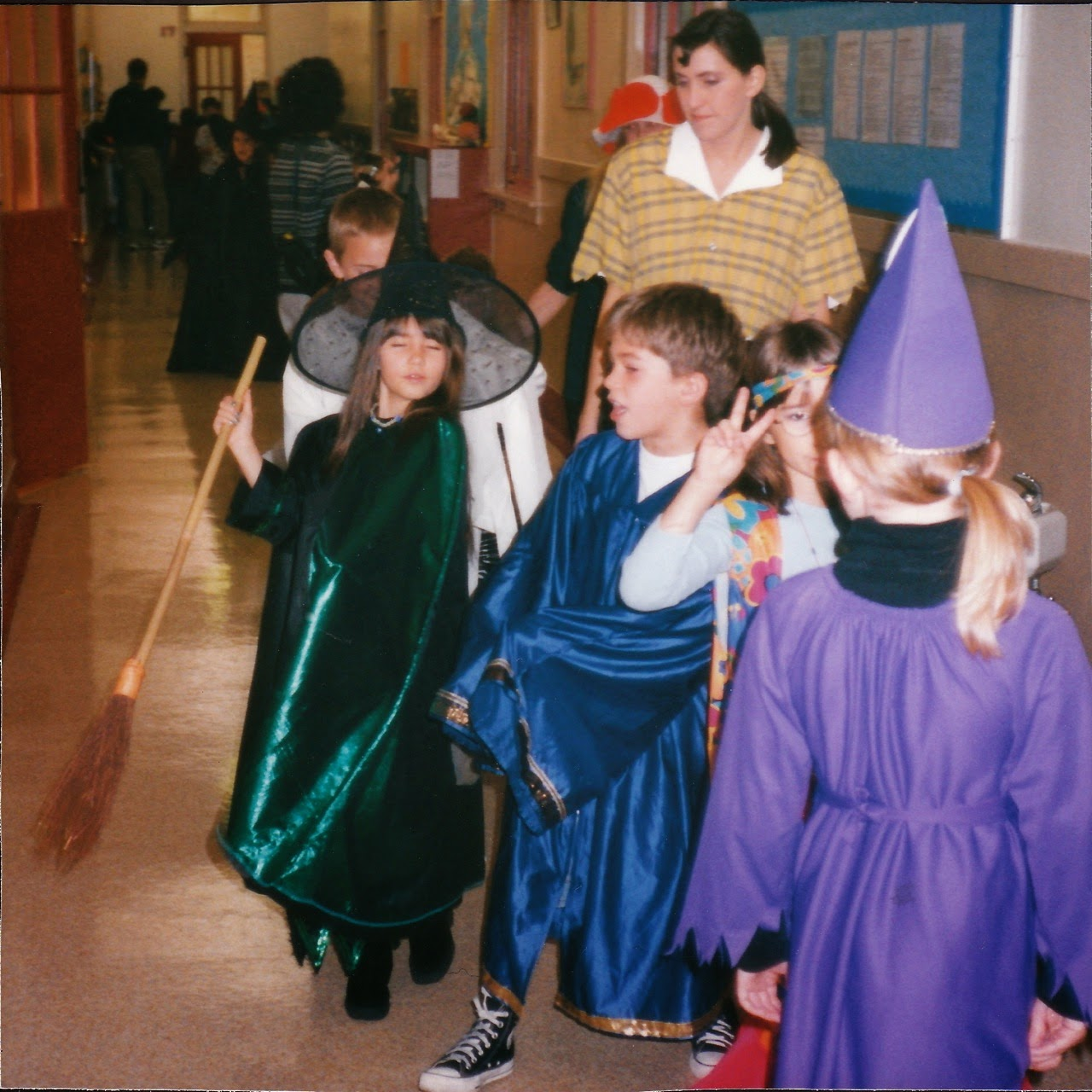 Eugene, Oregon, witch, jedi, hallway, teacher, students, 3rd grade class, 4J, Lane