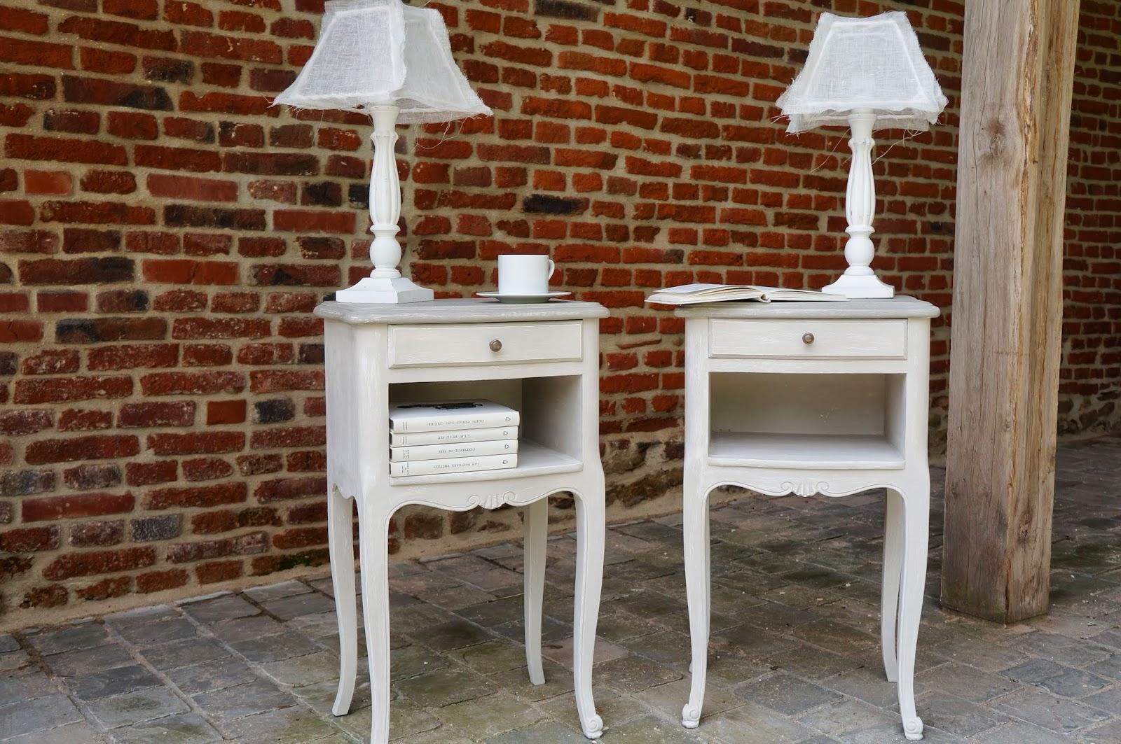 urlu et berlu meubles r nov s patin s patines claires vintages simples ou vieillies dans le. Black Bedroom Furniture Sets. Home Design Ideas