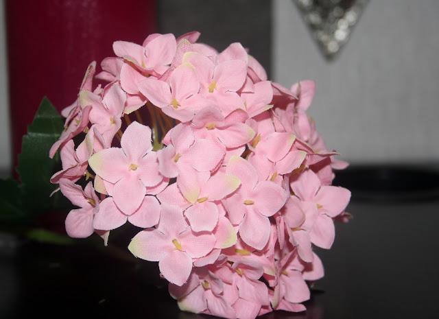 flor artificial rosa