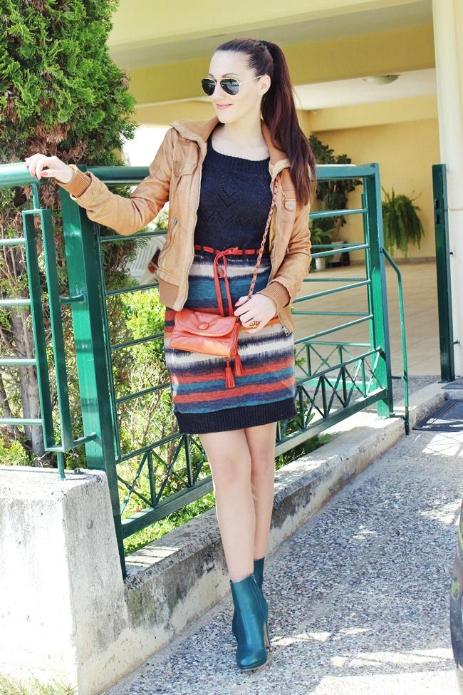 pletena mini haljina od vune na pruge