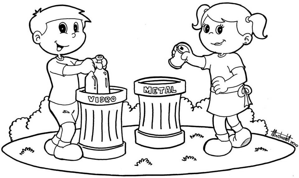 Niños reciclando