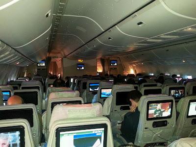Bildschirme der Emirates Airline