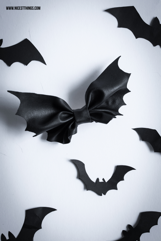 Halloween DIY Bat Bow Fledermaus Schleife #halloween #batbow #fledermaus #diy