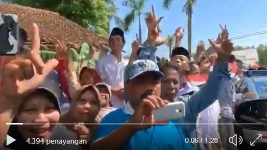 KEREN BANGET... Rekor Terpanjang Salam Dua Jari Prabowo ...