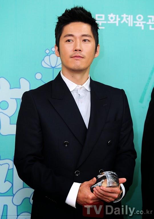 biodata dan profil song seung heon dating