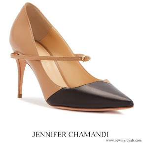 Meghan Markle wore Jennifer Chamandi Lorenzo Beige black Nappa Slanted pumps