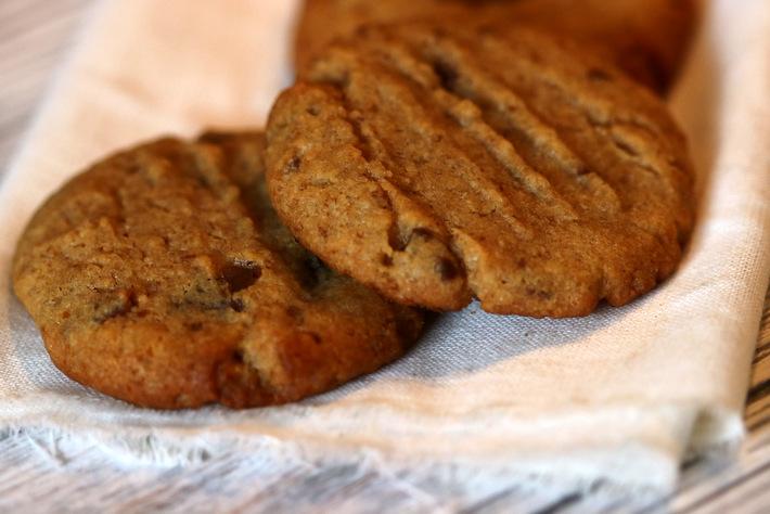 Schoko-Erdnuss-Brezel-Cookies
