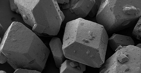 As coisas mais bizarras que você sempre quis ver no microscópio - Grãos de açúcar branco