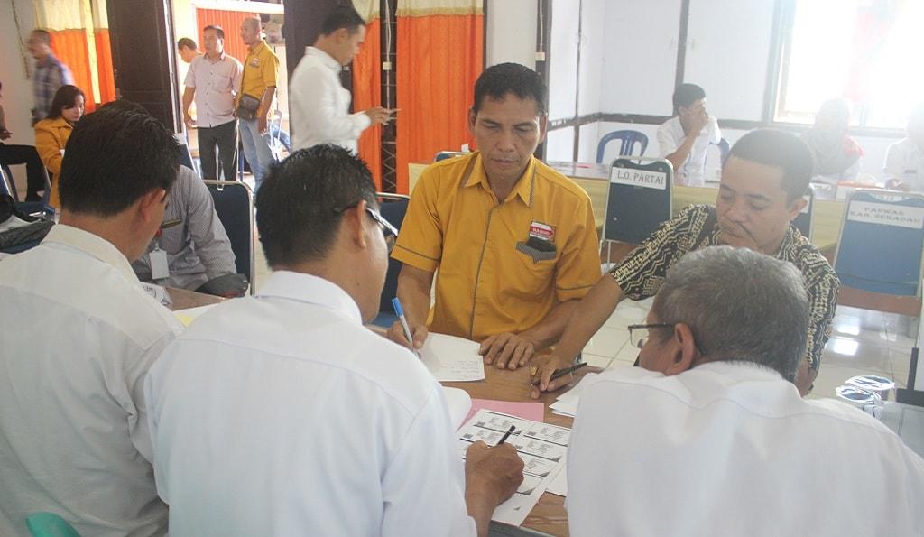 DPC Hanura Resmi Mendaftarkan Diri Ke KPUD Sekadau
