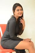 Neha deshpande new sizzling pics-thumbnail-18