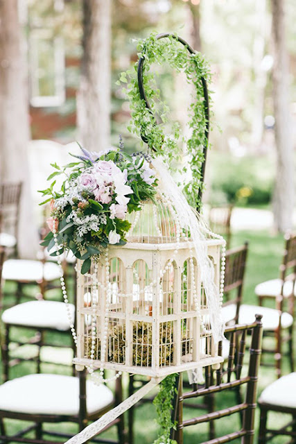 Las jaulas como elemento decorativo en las bodas - Foto: www.save-on-crafts.com