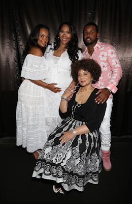 Photos: Actress Lisa Raye is going to be a grandmother