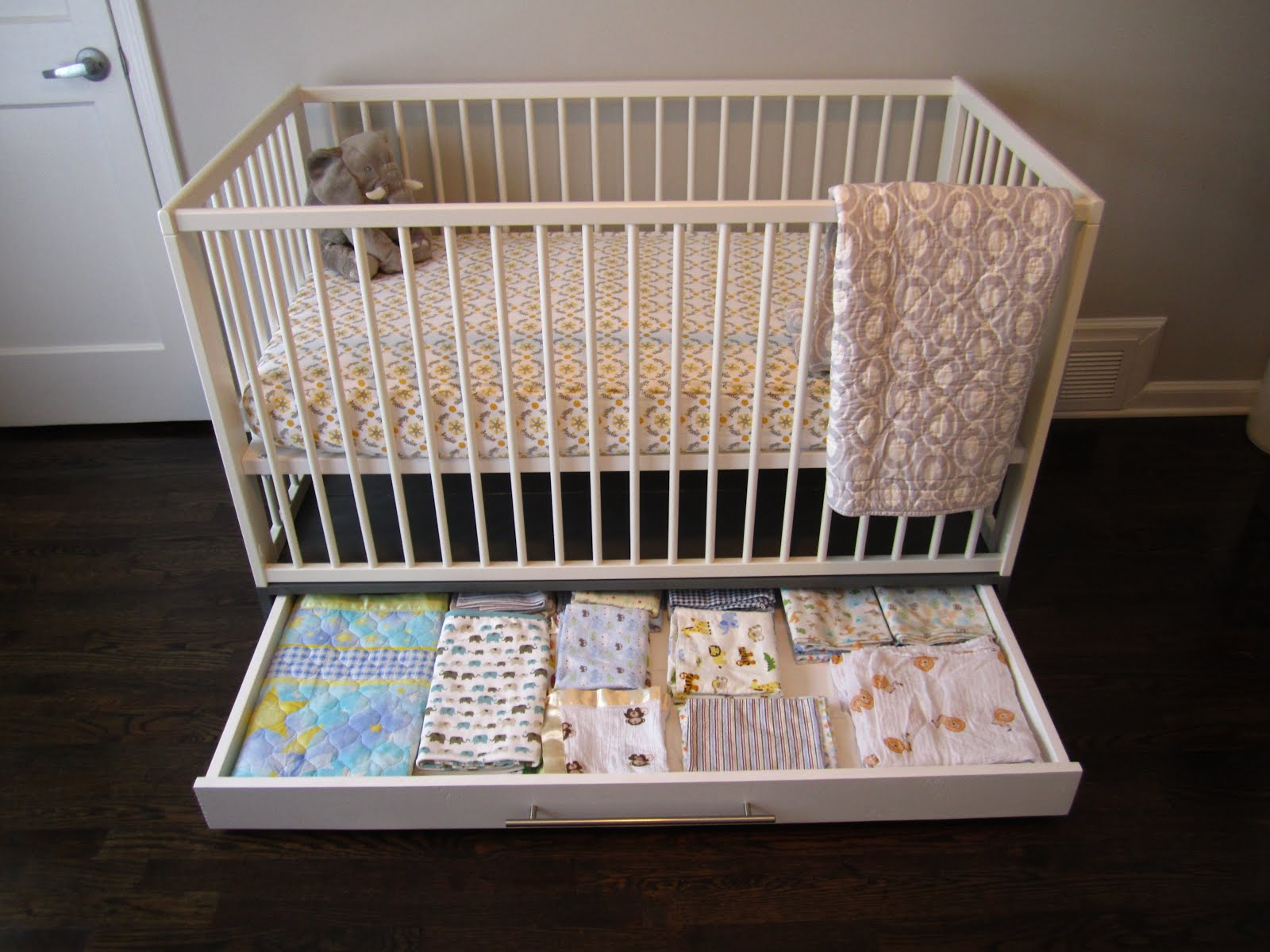 Simple Crib With Storage Get Home Decorating