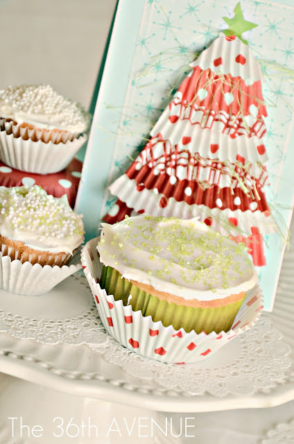 Cupcake Liners Christmas Tree Card at the36thavenue.com ...So cute!