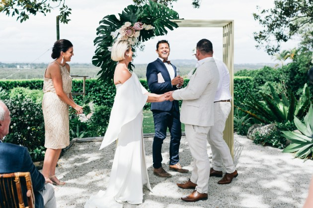 BRISBANE GOLD COAST BYRON BAY WEDDING CELEBRANT TWEED HEADS