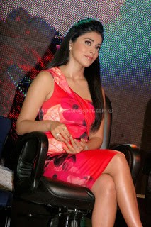 Shriya saran latest photos at a event