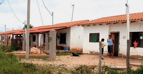 Anticipan la reversión de 2.500 viviendas sociales