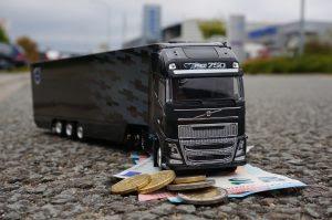 Het komende jaar zien Nederlandse beroepsgoederenvervoerders over de weg hun kosten met 1,4 tot 3,0 procent stijgen, afhankelijk van het type vervoer (deelmarkt). In oktober 2016 heeft Panteia/NEA deze prognose in opdracht van de Raad van Beheer van de NIWO gemaakt.