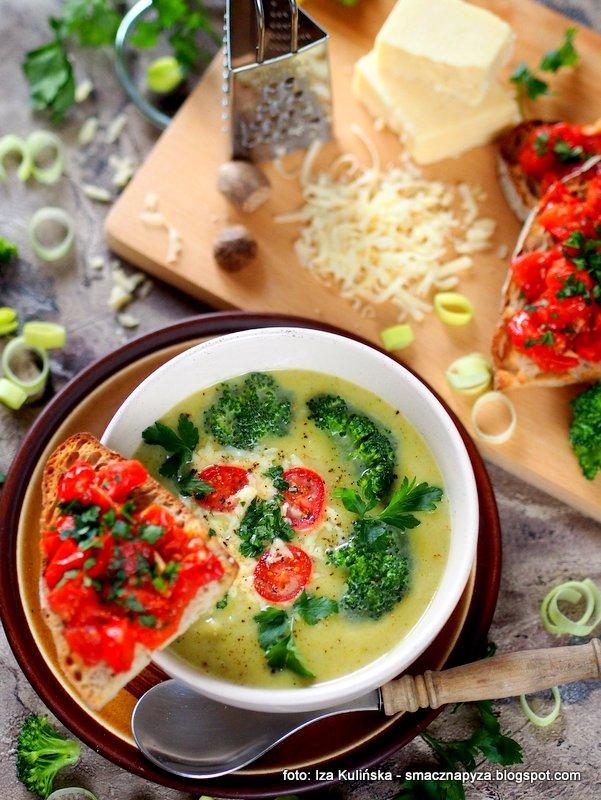 zupa brokulowo serowa, brokuly, ser cheddar, z serem, zupy domowe, domowy obiad, ugotuj to
