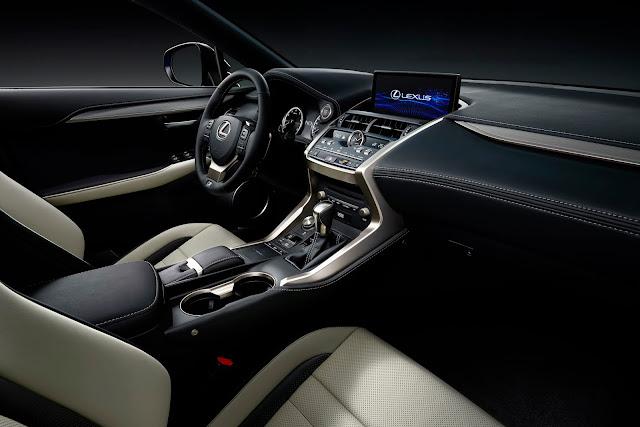 Interior view of 2018 Lexus NX 300