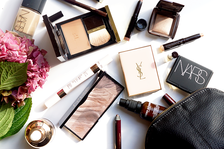 makeup-beauty-flatlay-photography-barely-there-beauty-blog