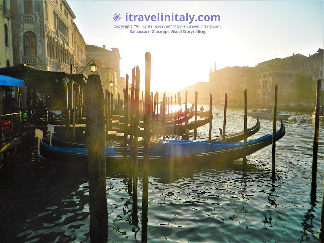 I Travel in Italy introduces you; Rialto ferry terminal in Venice Copyright All rights reserved © By itravelinitaly.com travelers from Italy Photo by Baldassarri Giuseppe Visual Storytelling .      Find out more, 1> go to the bottom of the site page.