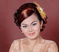 Putri Silitonga - Uju Dingolukkon Ma Nian