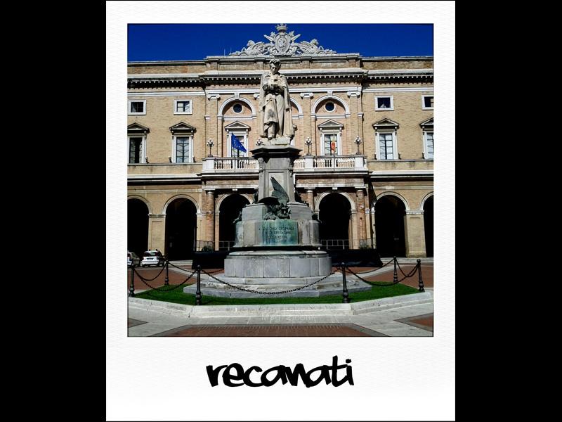 Recanati, monumento a Giacomo Leopardi