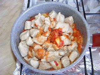 Carne de porc cu legume la ceaun retete culinare,