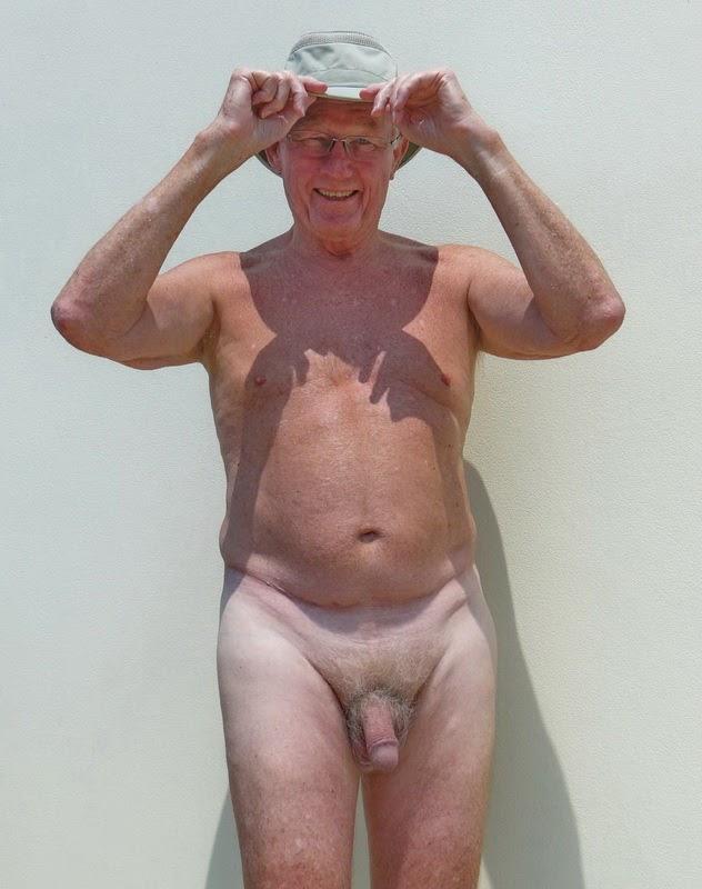 Men wear ingwoman pantyhose