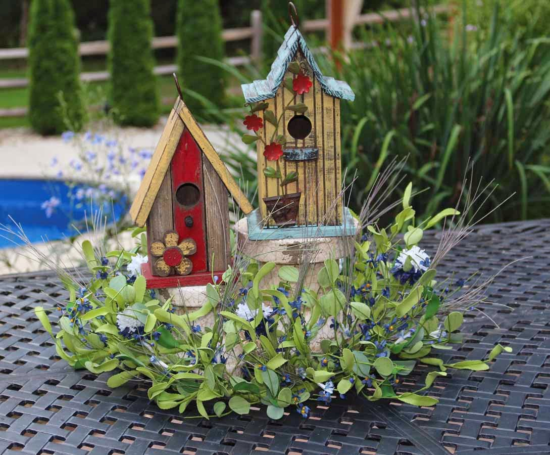 Candlelight solutions - Decorating with bird houses ...