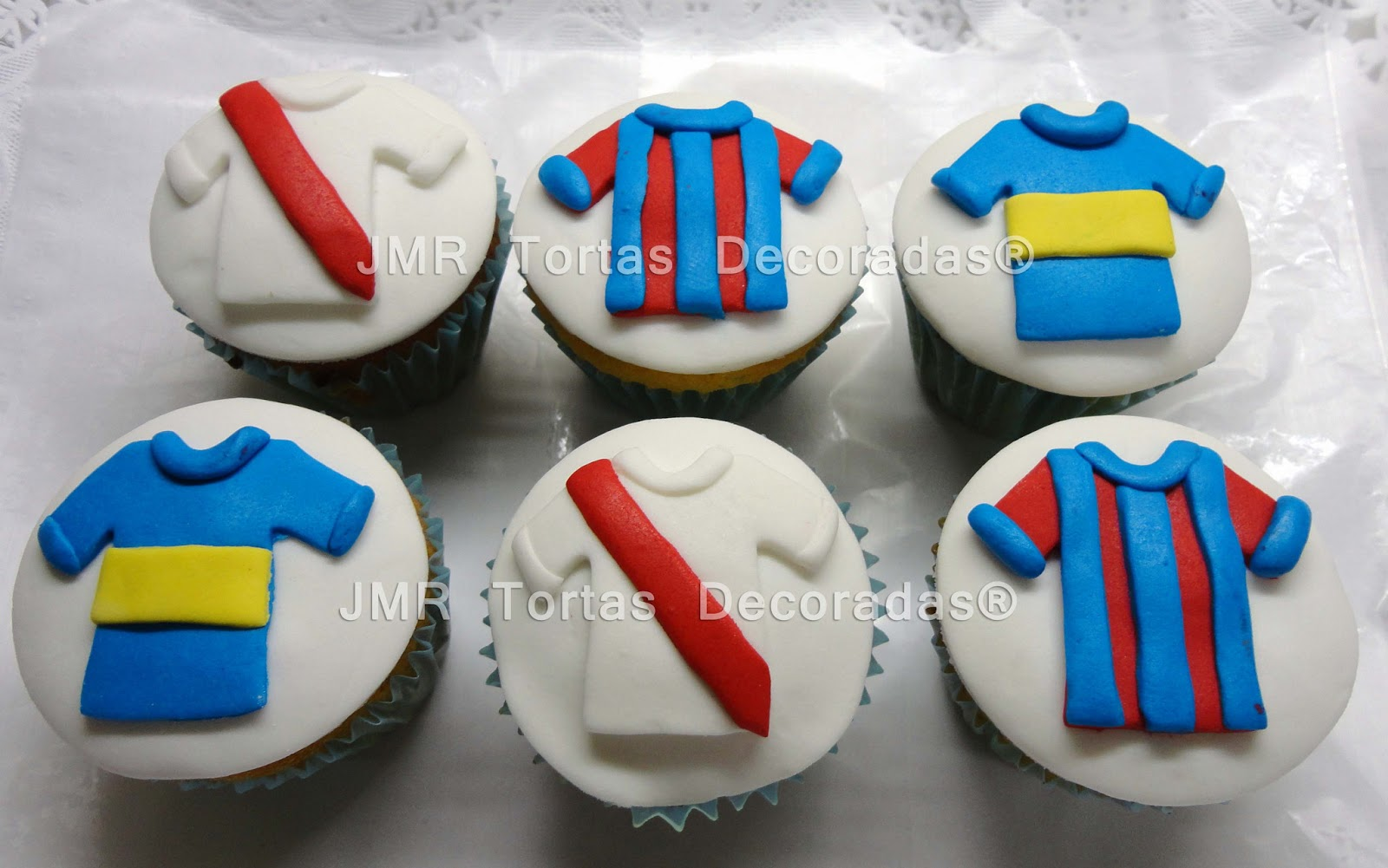 Cupcakes Equipos De Futbol Jmr Tortas Decoradas