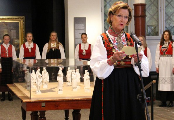 Queen Sonja, Crown Prince Haakon, Crown Princess Mette-Marit and Princess Astrid attended the opening of Tradition and Inspiration